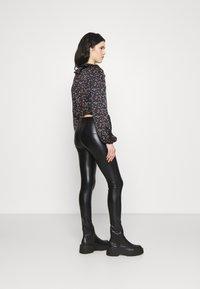 Even&Odd - WET LOOK  - Leggings - Trousers - black - 2