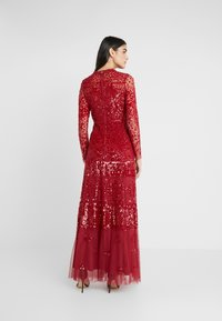 Needle & Thread - AURORA V-NECK GOWN - Abito da sera - cherry red - 2