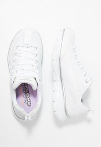 Skechers - SYNERGY 3.0 - Sneakers laag - white/silver - 3
