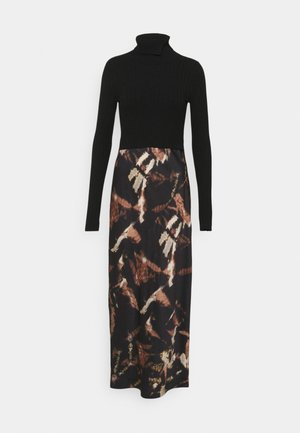 SIGOURNEY TYDY DRESS 2 in 1 - Vestido informal - black