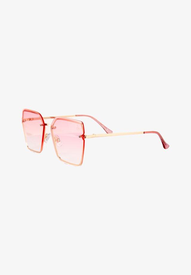 Solglasögon - pink grad lenses