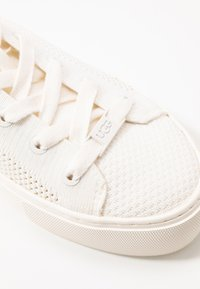 UGG - ZILO - Sneakers laag - white - 2