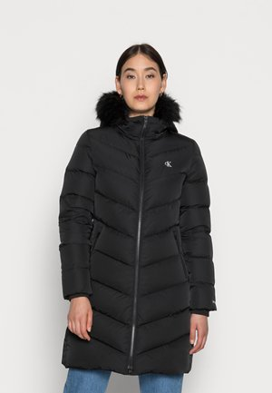 LONG FITTED DOWN PUFFER - Winter coat - black