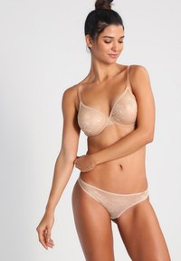 Gossard - GLOSSIES LACE  - Thong - nude - 1