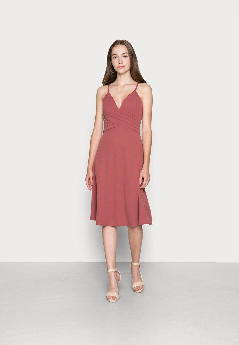 WAL G. - LILLIANA FLARE MIDI DRESS - Cocktail dress / Party dress - dusty rose pink