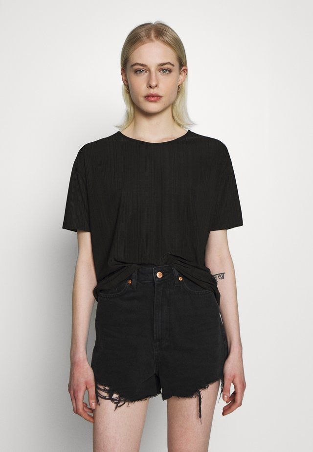 LINA TOP - Jednoduché triko - black