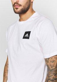 adidas Performance - TEE - Print T-shirt - white - 4