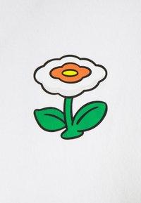Champion Rochester - HOODED NINTENDO - Sweatshirt - white - 9