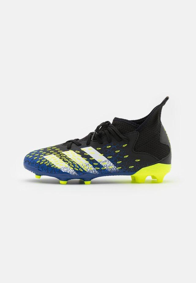 PREDATOR FREAK .3 FG UNISEX - Moulded stud football boots - coreblack/footwearwhite/solar yellow