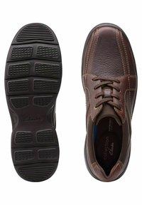 Clarks - BRADLEY WALK - Trainers - brown tumb - 3