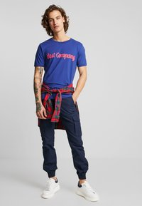 Best Company - BASIC  - Print T-shirt - blue - 1