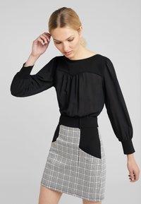 Patrizia Pepe - ABITO DRESS - Day dress - ivory/black - 0