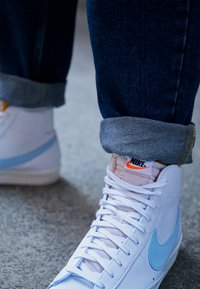Nike Sportswear - BLAZER MID '77 UNISEX - High-top trainers - white/celestine blue/sail - 2