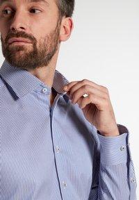 Eterna - COMFORT FIT - Shirt - blau/weiß - 2