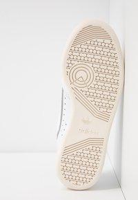 adidas Originals - CONTINENTAL 80  - Trainers - footwear white/chalk white/silver metallic - 8