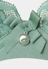 Chantelle - ORANGERIE - Underwired bra - vert laurier - 2