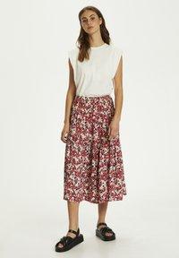 Soaked in Luxury - SLINDIANA  - Pleated skirt - multifloral cardinal - 1