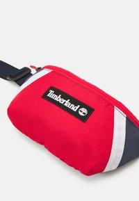 Timberland - BUM BAG - Taška spříčným popruhem - orange - 5