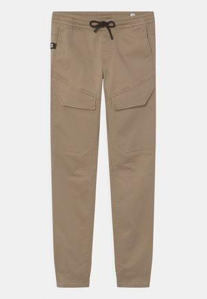 JJIWILL JJGUS - Pantalon cargo - crockery