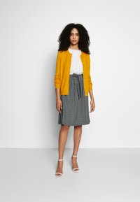 Anna Field - Gilet - yellow - 1
