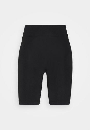 PIPER BIKER PANTS - Shorts - black