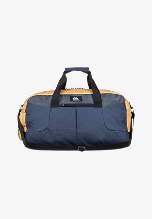 MEDIUM SHELTER II - Sports bag - honey heather