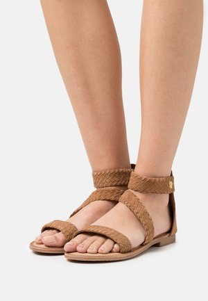 EDA - Sandals - tan