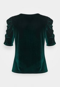 Dorothy Perkins - GREEN RUCHE SLEEVE VELVET TOP - Print T-shirt - green - 1