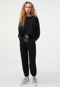 OYSHO - Sweatshirt - black - 0