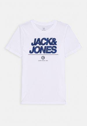 JCOBERG TURK TEE  - Print T-shirt - white