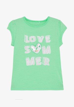 NMFHAPINA BOX - Print T-shirt - spring bud