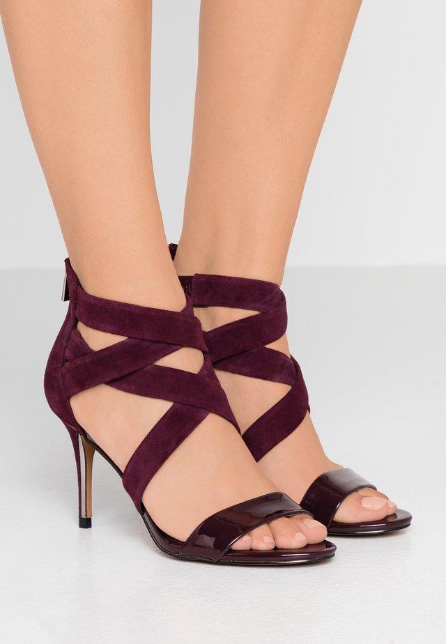 IGGI - High heeled sandals - deep garnet