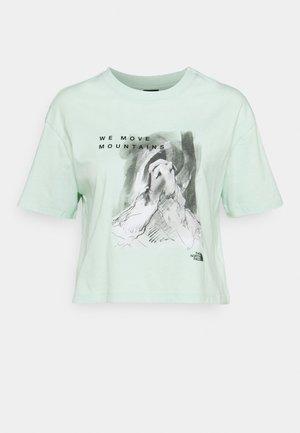 CROP TEE - T-shirt imprimé - misty jade