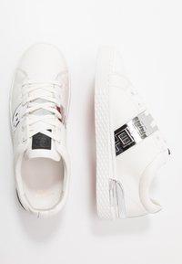 Ed Hardy - STRIPE METALLIC - Sneakers - white/silver - 1