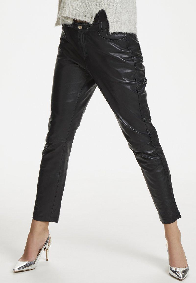 Denim Hunter - Leather trousers - black