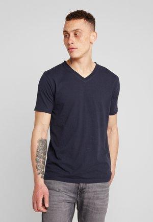 BASIC REGULAR FIT V-NECK TEE - T-shirt basic - total eclipse