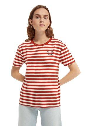STRIPED TEE - T-shirt print - red