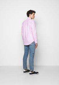 Polo Ralph Lauren - OXFORD CUSTOM FIT - Vapaa-ajan kauluspaita - new rose - 2