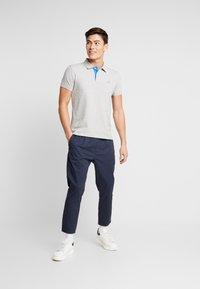 Solid - TRUC CROPPED - Pantaloni - dark blue - 1