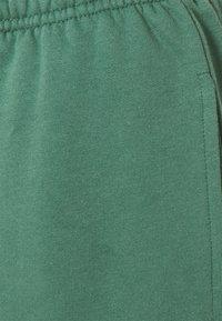 ONLY - ONLDREAMER LIFE NOOS - Pantalon de survêtement - smoke pine - 2