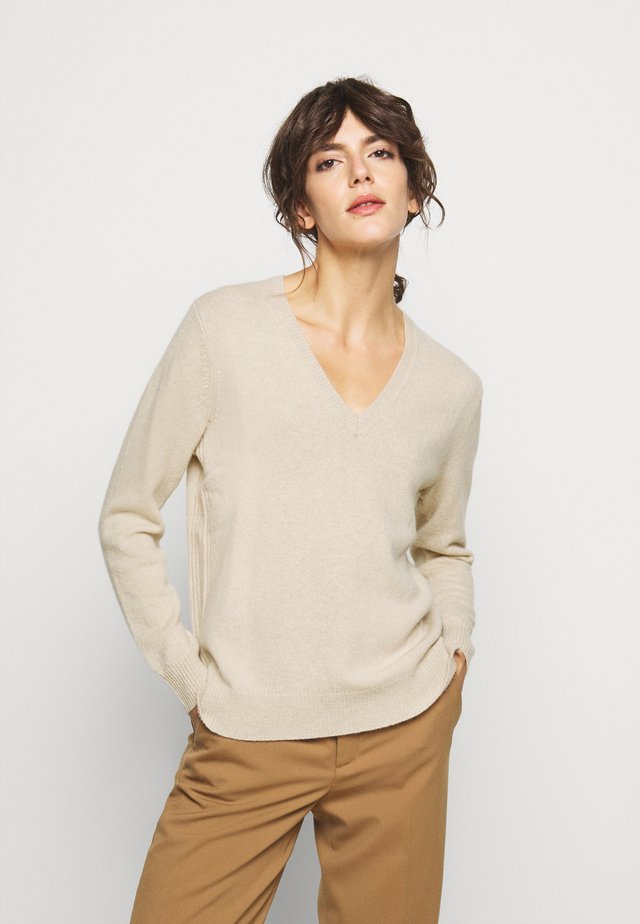 CLASSIC LONG SLEEVE - Sweter - tallow cream
