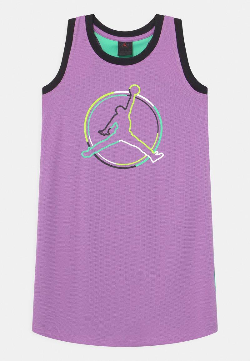 Jordan - J'S ARE FOR GIRLS - Vestido de deporte - violet shock