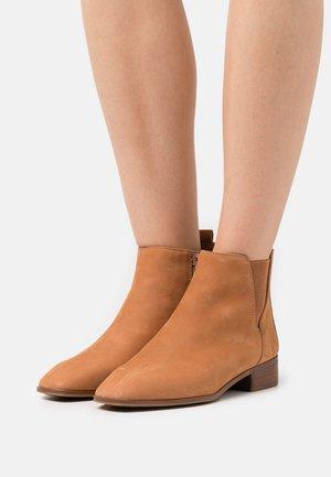 TORWENFLEX - Nilkkurit - medium brown