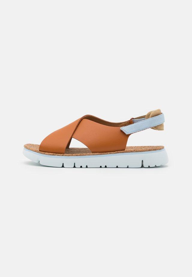 OGAS - Sandalias - medium brown