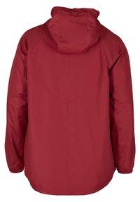 Zizzi - MIT REISSVERSCHLUSS UND KAPUZE - Outdoor jacket - red - 6