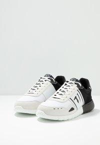 Trussardi Jeans - Sneakers - white/black - 2