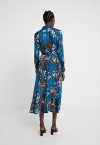 Kaffe - KADOTTI DRESS - Skjortklänning - moroccan blue - 3