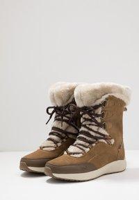 Hi-Tec - RITZY 200 WP - Vinterstøvler - brown/cream - 2