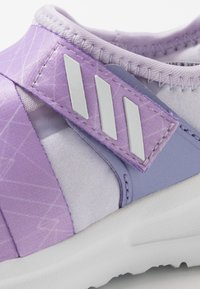 adidas Performance - FORTARUN X FROZEN  - Neutrale løbesko - purple tint/light purple/footwear white - 2