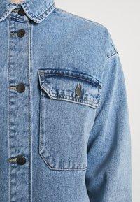 JDY - JDYBAILEY LIFE  - Short coat - light blue denim - 4